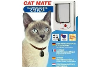 Cat Mate Small Electromagnetic Cat Flap With Collar Magnet (White) (16.8 x 21.9cm)
