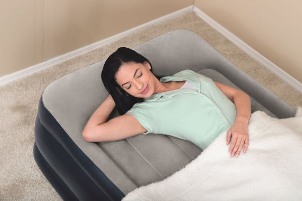 Twin Inflatable Mattress with Built-in Pump and Storage Bag