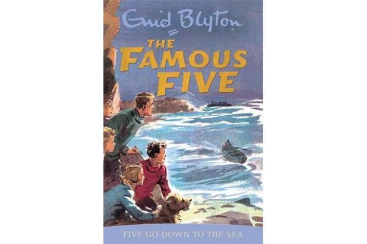 Famous Five: Five Go Down To The Sea - Book 12