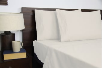 Apartmento Micro Flannel Sheet Set Snow (Queen)