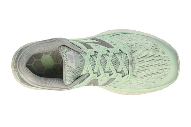 New Balance Women's 1080v8 Shoe (Light Green, Size 9)
