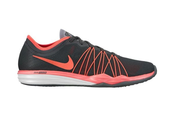 6818a00a6bf16 Nike Women s Dual Fusion TR HIT Training Shoe (Black Pink