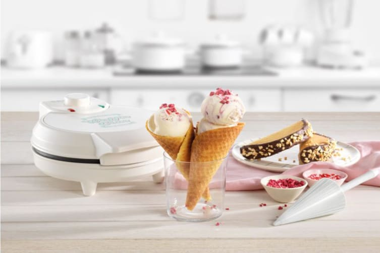 Russell Hobbs Ice Cream Waffle Cone Maker (RHWC2)