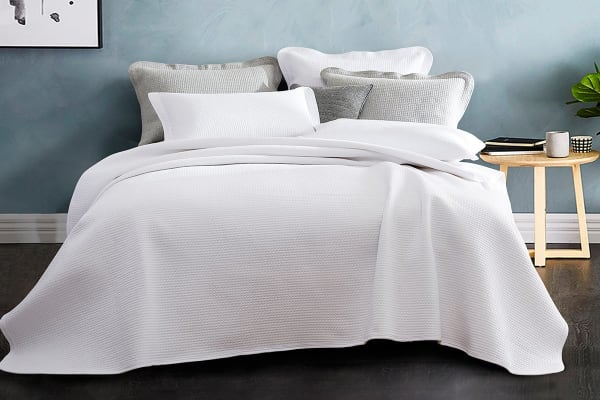Gioia Casa Jersey Cotton Coverlet (Queen/King, White)