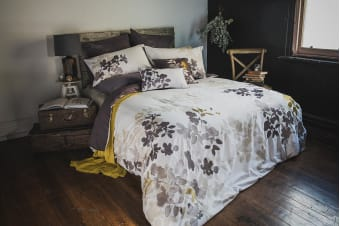 Bambury Ivy Embroidered Quilt Cover Set - 100% Cotton - Double