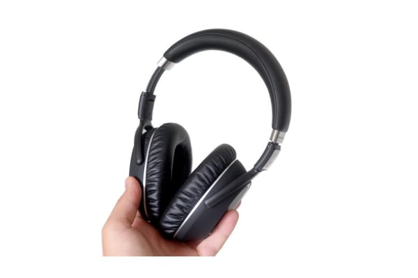 Sennheiser PXC 550 Wireless Headphones