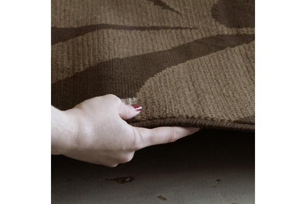 Modern Spring Leaf Rug Brown 230x160cm