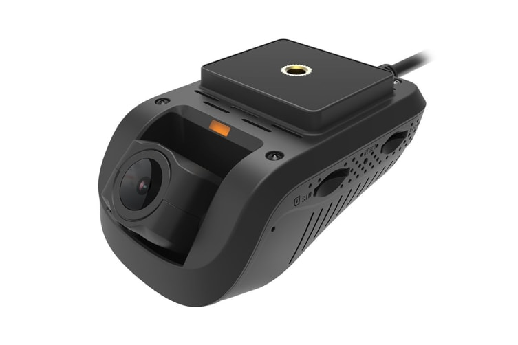 Dashmate Connected 3G Dual Channel Dash Camera with GPS & WiFi (DSH-932)