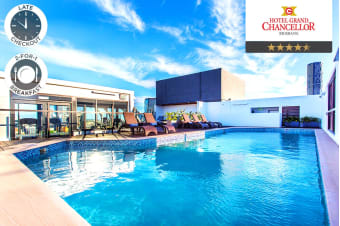 BRISBANE: 1, 2 or 3 Night City Stay at the Grand Chancellor Hotel for Two