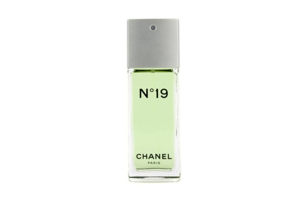 Chanel No.19 Eau De Toilette Spray Non-Refillable (50ml/1.7oz)