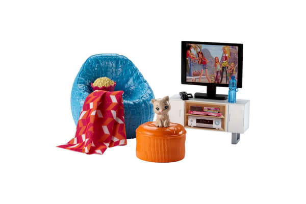 Barbie Movie Night and Accessories Playset