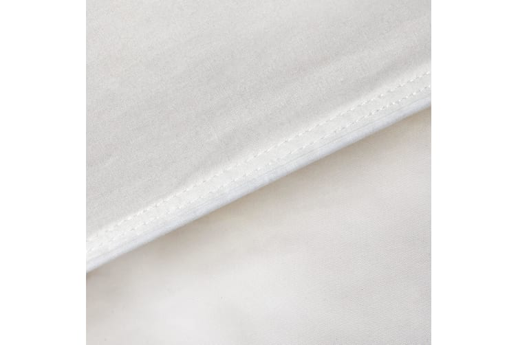 Royal Comfort Goose Feather And Down Quilt + Twin Pack 1000GSM Goose Pillows - Queen - White