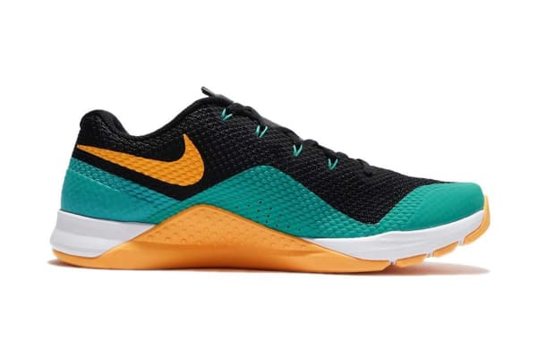 8773e351a7cb Nike Men s Metcon Repper DSX Cross Trainer Shoe (Black White Jade Laser  Orange