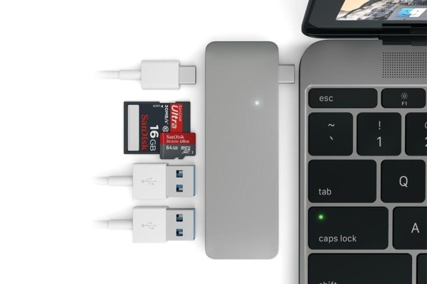 Satechi Type-C USB Passthrough Hub (Space Grey)