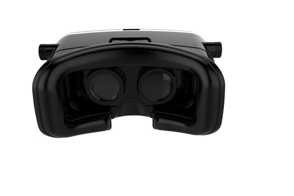 Virtual Reality Headset for Smartphones